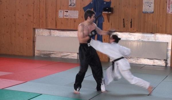 karate girl_1